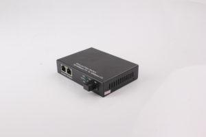 1 Fiber Port 2 Rj45 Ports Fiber Ethernet Media Converter 10-100M